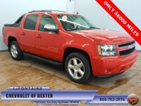 2011 CHEVROLET AVALANCE LT 4WD ** HARD TO FIND ** ONE