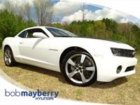 Priced below Market!* This 2011 Chevrolet Camaro LT