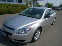 Air Conditioning, Alloy Wheels, AM/FM Radio, Cruise