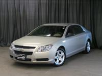 Step into the 2011 Chevrolet Malibu! Packed with