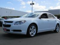This 2011 Chevrolet Malibu 4dr 4dr Sdn LS with 1LS Car