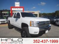 2011 CHEVROLET SILVERADO EXTENDED CAB Z71 PICK UP TRUCK