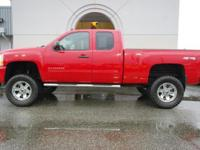Alloy Wheels, Tow Package, 2011 CHEVROLET SILVERADO
