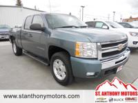 This 2011 Chevrolet Silverado 1500 has a 5.3 liter 8