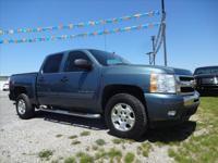 Exterior Color: blue, Body: Pickup, Engine: V8 5.30L,