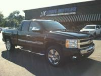 Year: 2011 . Make: Chevrolet . Model: Silverado 1500 .