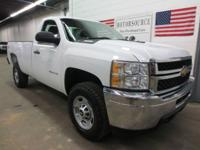 2500HD 4X4 This completely geared up SILVERADO 4WD