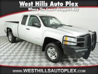 4WD, -Priced below the market average!- This 2011