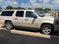 White Diamond Clearcoat 2011 Chevrolet Suburban 1500