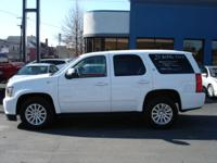 Options Included: N/ALoaded Hybrid!! 21 MPG in the