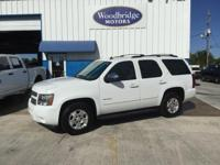 Options:  2011 Chevrolet Tahoe Lt|White|**One