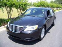 2011 CHRYSLER 200 TOURING in BRILLIANT BLACK CRYSTAL