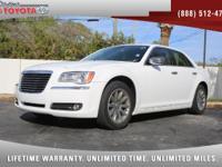 2011 Chrysler 300 Limited V6, *** 1 FLORIDA OWNER ***