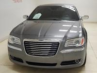 Options:  2011 Chrysler 300 Limited Leather|Features