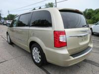 Options:  2011 Chrysler Town & Country Touring-L|White