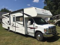 2011 Coachmen Freelander 32BH 2-slide bunk house Class