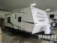 PRICE REDUCED! This Coachmen Catalina 25RKS is
