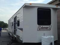Excellent condition 2011 37 foot Coleman Travel