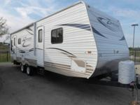 Used 2011 CrossRoads RV Zinger ZT27RL Travel Trailer