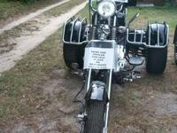 Black and chrome, beautiful trike.....2011 Daix Trike