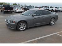 Exterior Color: gray, Body: Sedan, Engine: 5.7L V8 16V