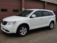 Exterior Color: white, Body: Station Wagon, Engine: