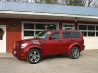 Come see this 2011 Dodge Nitro Detonator. Its 5-SPEED