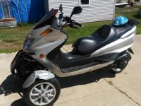 2011 -- DONGFANG , SUNNY TRIKE -- MOTORCYCLE --150 CC A