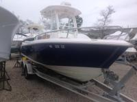 2011 Everglades Boats 230 CC 2011 Everglades 230 CC,