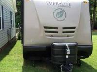 2011 EverGreen Ever Lite 29RB Travel Trailer This