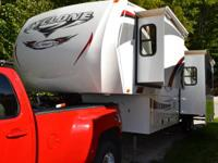 -2011 Heartland Cyclone 5th Wheel/Toy Hauler Very Clean