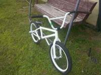 Im selling my 2011 FIT BMX BIKE. Im asking $275.00 for