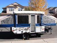 2011 Flagstaff Pop-up Camper (206BH) with lots of