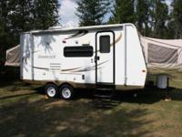2011 Flagstaff Shamrock 21SS Hybrid Trip Trailer.