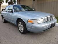 *** CLEAN CARFAX NO ACCIDENTS *** Leather seats, Power