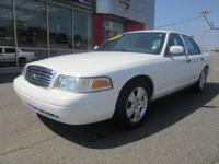 Exterior Color: vibrant white, Body: Sedan, Fuel: Flex
