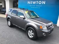 Escape XLT AWD w/ Moonroof - Leather, 6-Speed