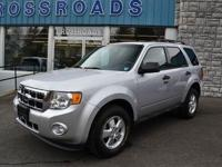 LOW MILES!! 4WD!! 2011 Ford Escape 'XLT'!! Power