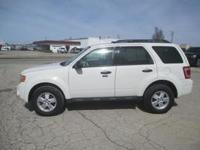 Exterior Color: oxford white, Body: SUV, Fuel: Flex