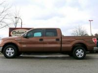 GORGEOUS 2001 FORD F150 SUPERCREW 2WD WITH A CLEAN