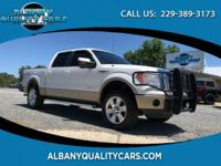 White 2011 Ford F-150 Lariat 4WD 6-Speed Automatic