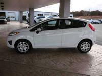 2011 Ford Fiesta SE!!! Power windows, power locks,