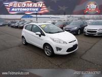 Exterior Color: white, Body: Hatchback, Fuel: Gasoline,