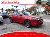Options:  2011 Ford Focus Ses| |Driver & Front