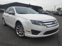 SUNROOF / MOONROOF, *LOCAL ONE OWNER*, LUXURY PACKAGE,