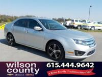 2011 Ford Fusion SE 2.5L I4 Ingot Silver Clean CARFAX.