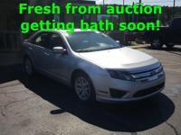2011 Ford Fusion SEL  Reviews:    * Spacious interior,