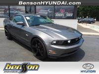 CLEAN CARFAX/NO ACCIDENTS, CARFAX CERTIFIED, Mustang
