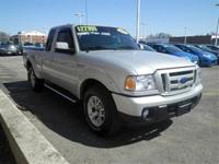 Exterior Color: silver, Body: Pickup, Fuel: Gasoline,