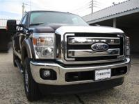 ONE OWNER Crew Cab LARIAT with Reverse Sensing, Power